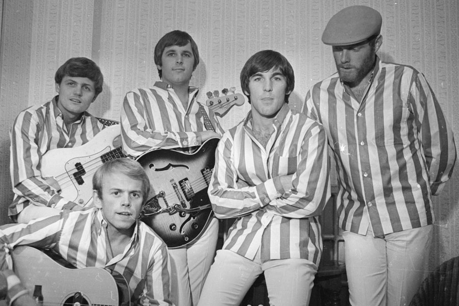 the beach boys didnt record another christmas song until 1974 a full christmas albums was planned for 1977 then discarded although tracks from the - Beach Boys Christmas