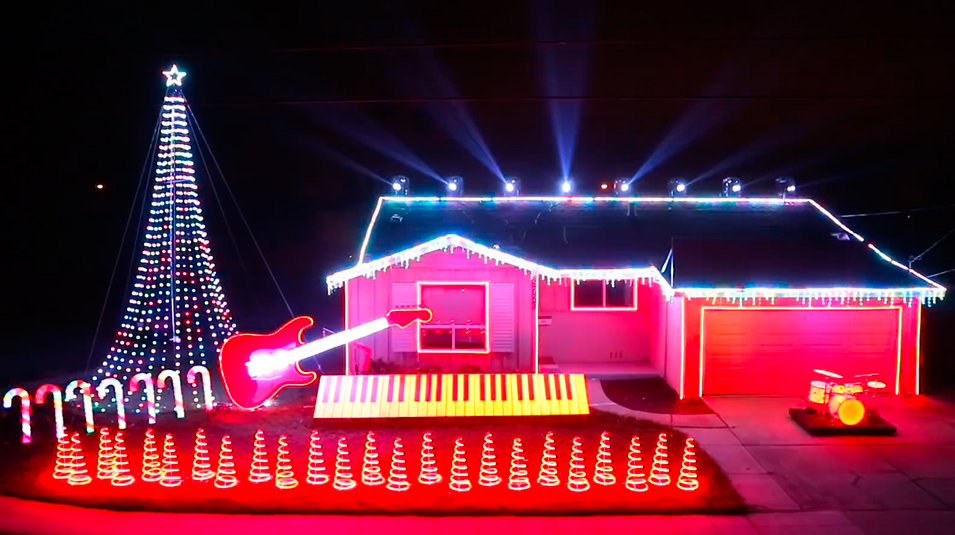 From Star Wars To Slayer: Five Of The Best Homes With Musical Christmas Light Shows - NME
