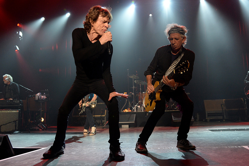 Watch Mick Jagger And Keith Richards In Friendly Onstage Clash