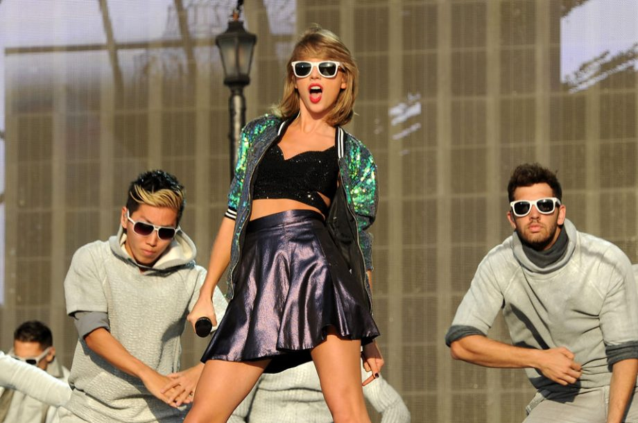 Taylor swift fan fulfils wish to meet singer before losing her credit getty m4hsunfo