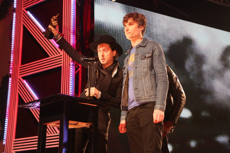 50b486f29c7 The Libertines win  Music Moment Of The Year  at NME Awards 2016 ...