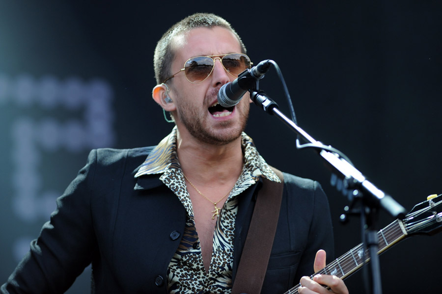 Miles Kane Apologises Following Ill Judged Interview