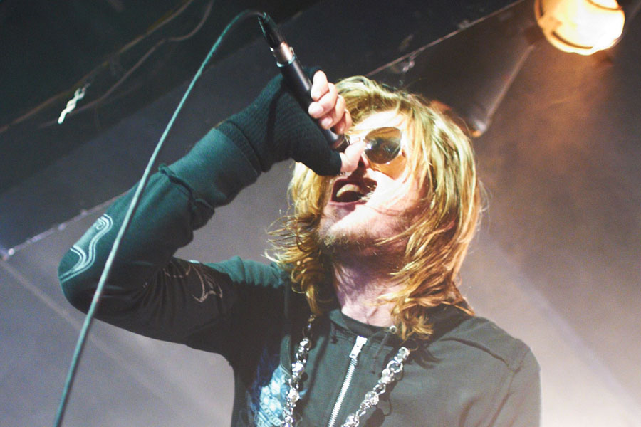 SHEFFIELD, UNITED KINGDOM - OCTOBER 25: Wes Scantlin of Puddle Of Mudd performs on stage at the Corporation on October 25, 2011 in Sheffield, United Kingdom. (Photo by Gary Wolstenholme/Redferns)