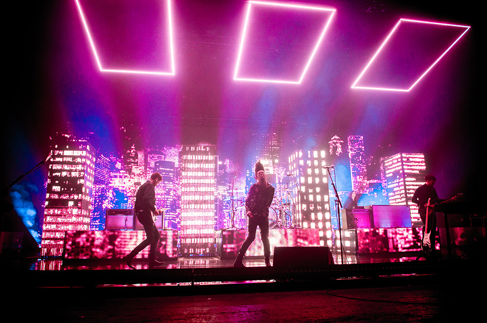 Fans React To The 1975 At Brixton Academy