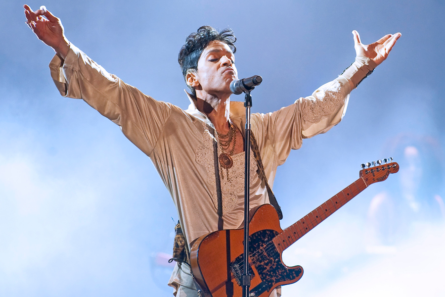 Video surfaces of Prince performing 'Purple Rain' for the first time