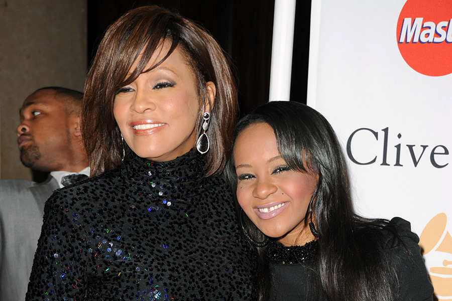 Bobbi Kristina Brown To Be Buried Next To Mother Whitney Houston Nme