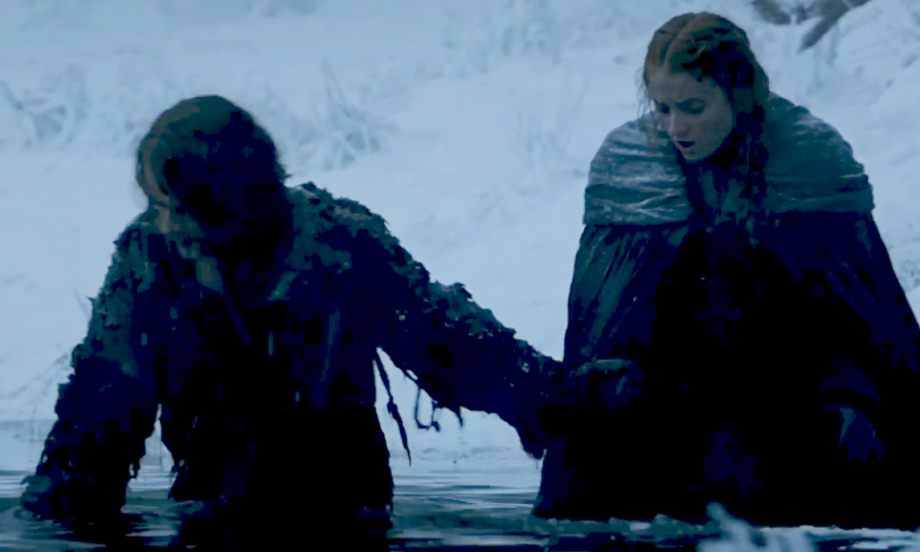 Game Of Thrones Watch Sansa And Theon Flee From Ramsay