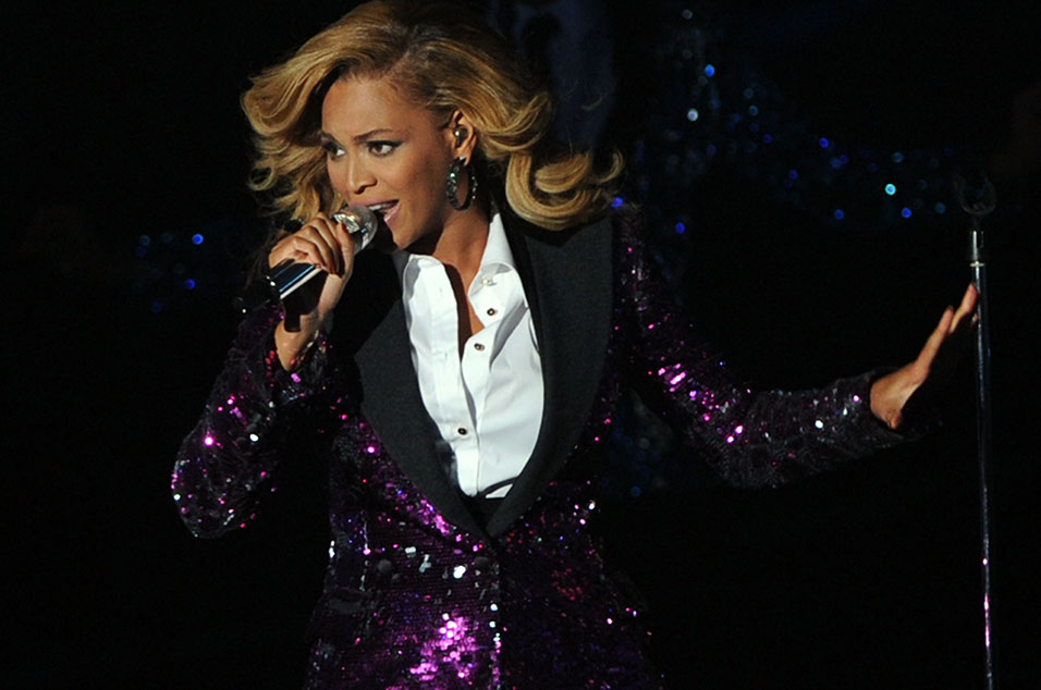 Beyoncé poised to become first artist with six straight No. 1 albums in US