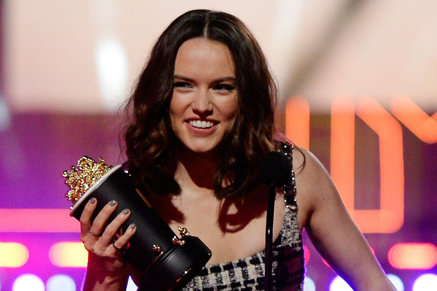 'Star Wars: The Force Awakens' actress Daisy Ridley posts lengthy statement about self-esteem