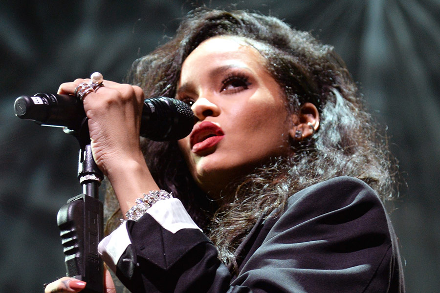 MIA teases potential Rihanna collaboration