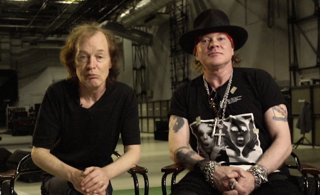 Axl Rose Says Joining Ac Dc Is A 39 Challenge 39 Ahead Of