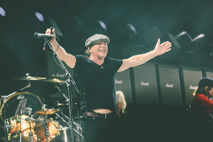 Ac Dc Frontman Brian Johnson Issues Statement After Being