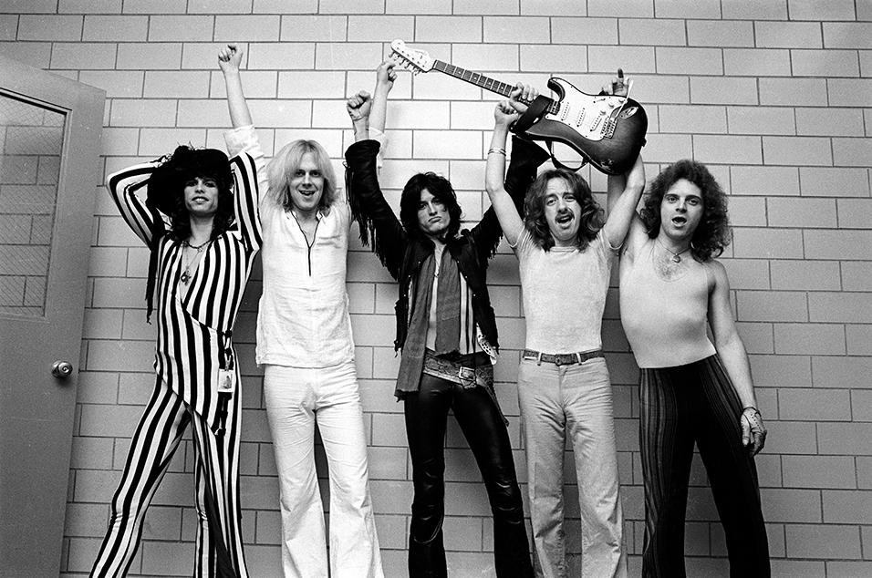 Aerosmith - Back In The Saddle Lyrics | MetroLyrics