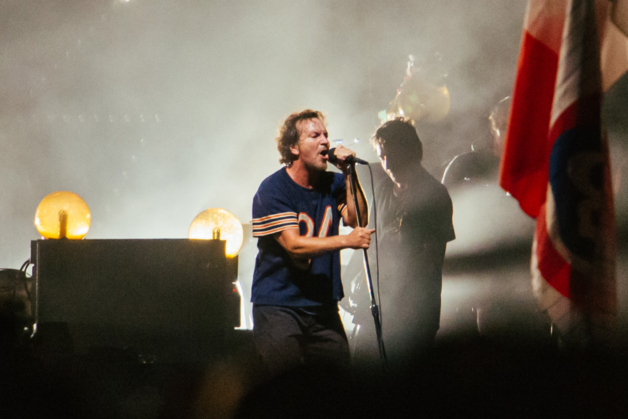 Pearl Jam premiere new song 'Moline' live – watch