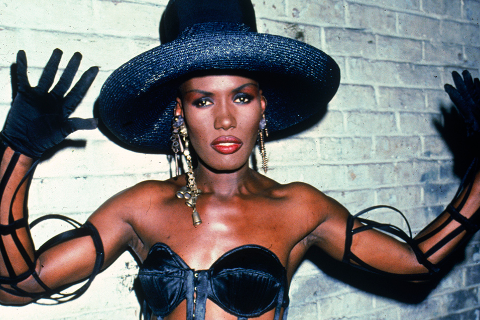 Grace Jones replaces M...