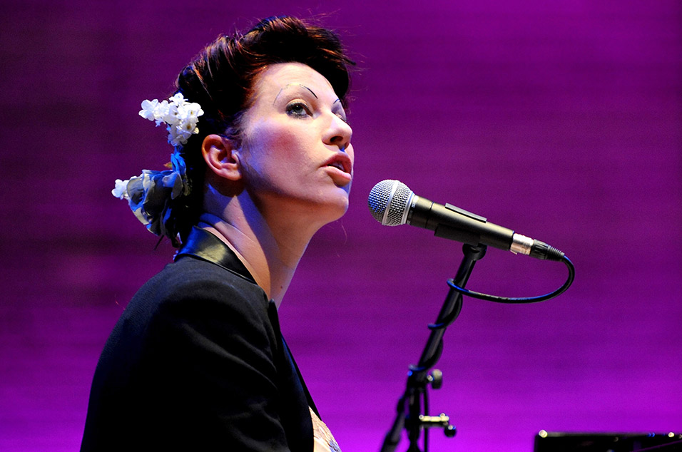 Amanda Palmer Discusses Her Bowie Tribute Ep Strung Out