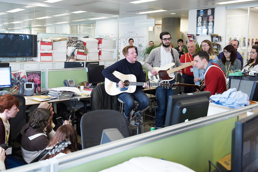 Show This To Your Boss – Why You Should Be Playing Music In Your Office