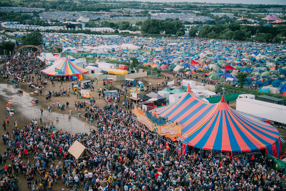 glastonbury festival Glastonbury festival, glastonbury, somerset, united kingdom 18k likes glastonbury festival is a five-day festival of contemporary performing arts that.