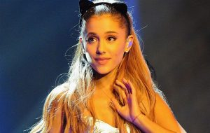 Ariana Grande announces UK tour
