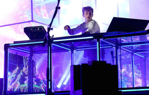 LAS VEGAS, NV - SEPTEMBER 25:  Recording artist Flume performs onstage during day 3 of the 2016 Life Is Beautiful festival on September 25, 2016 in Las Vegas, Nevada.  (Photo by Jeff Kravitz/FilmMagic)