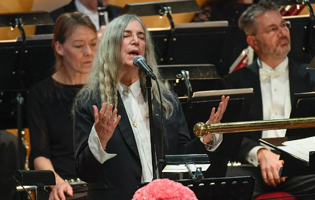 Patti Smith Bob Dylan performance