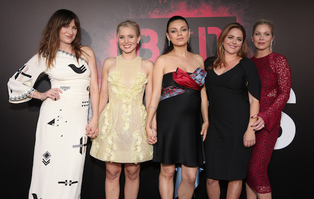 A Bad Moms Christmas 2017.Bad Moms Christmas Sequel Set For 2017 Release Nme
