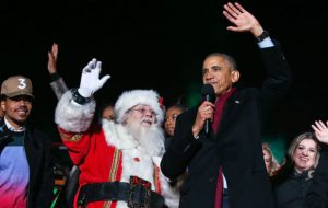 Watch Chance The Rapper join President Obama for a rendition of 'Jingle Bells' Cover
