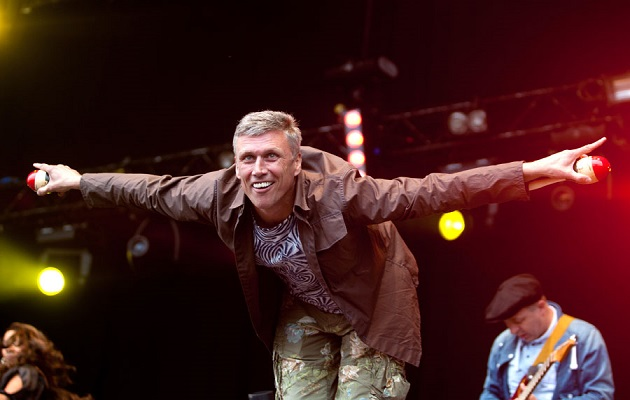 Happy Mondays Bez Brands Donald Trump A Puppet Nme
