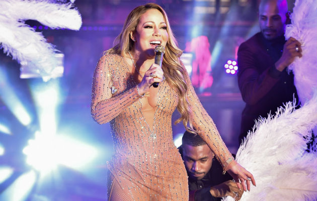 Mariah Carey's New Year's Eve Performance Didn't Go So Well