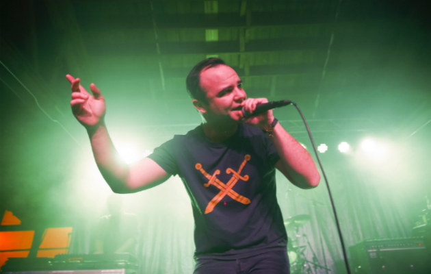 Future Islands debut new song live - NME