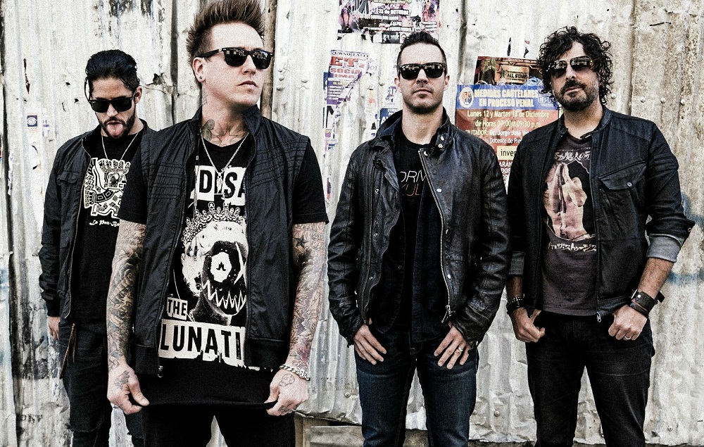 papa roach share new track and footage from the studio nme. Black Bedroom Furniture Sets. Home Design Ideas