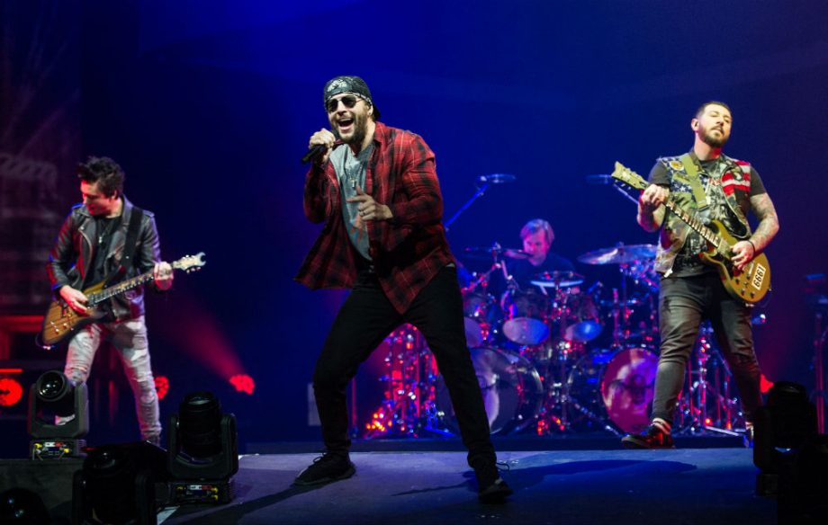 Stagehand dies in tragic accident on Avenged Sevenfold tour