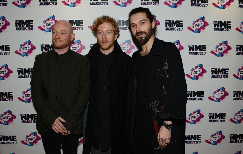 Resultado de imagen de VO5 NME AWARDS