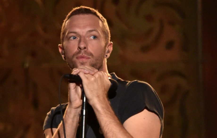 Watch Coldplay's Chris Martin perform posthumous duet with