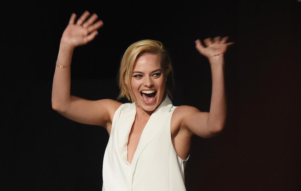 Watch Margot Robbie Dancing At A Honky Tonk Bar Nme