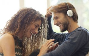 New study suggests music affects brain in similar way to sex and drugs