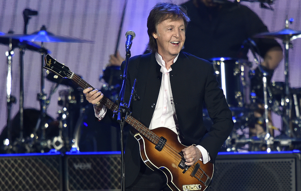paul mccartney recording new album with adele producer nme. Black Bedroom Furniture Sets. Home Design Ideas