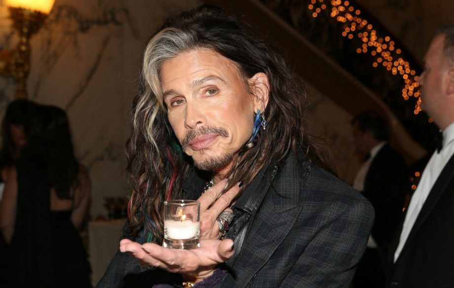 Aerosmith S Steven Tyler Issues Update About His Health Nme