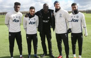 Stormzy meets members of the Manchester United squad