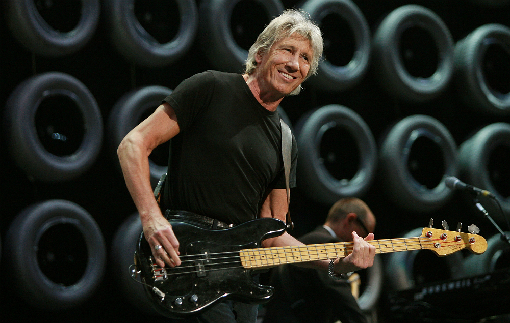 Roger Waters Compares Donald Trump To Saddam Hussein Nme
