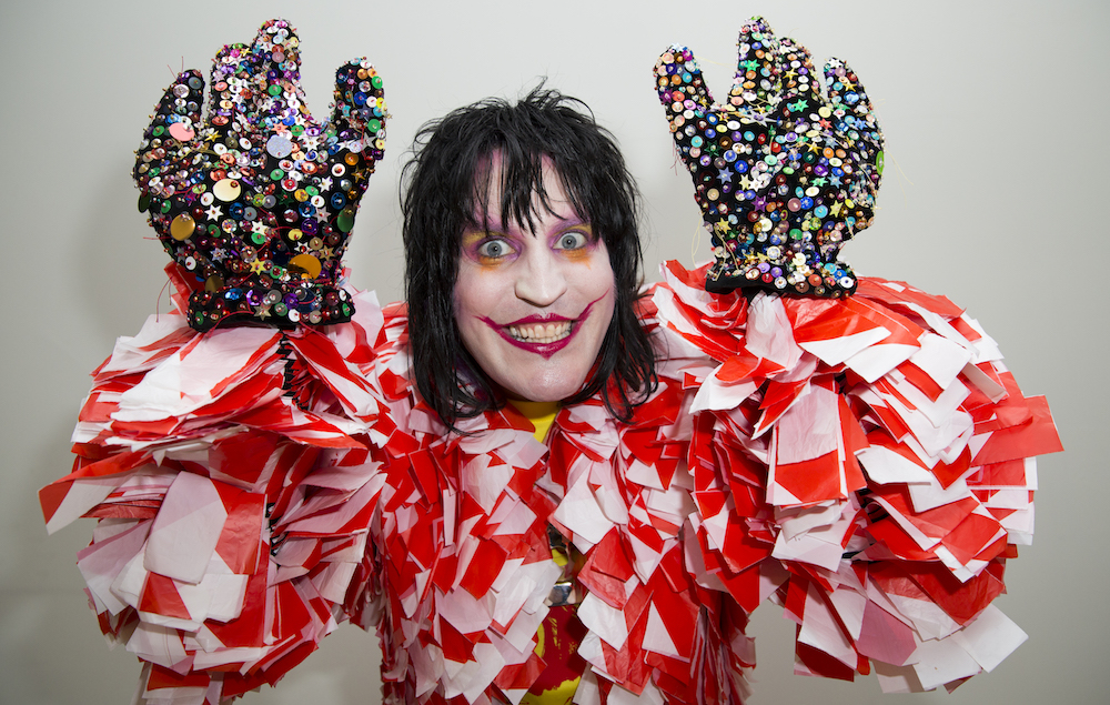 Noel Fielding To Host New Great British Bake Off On