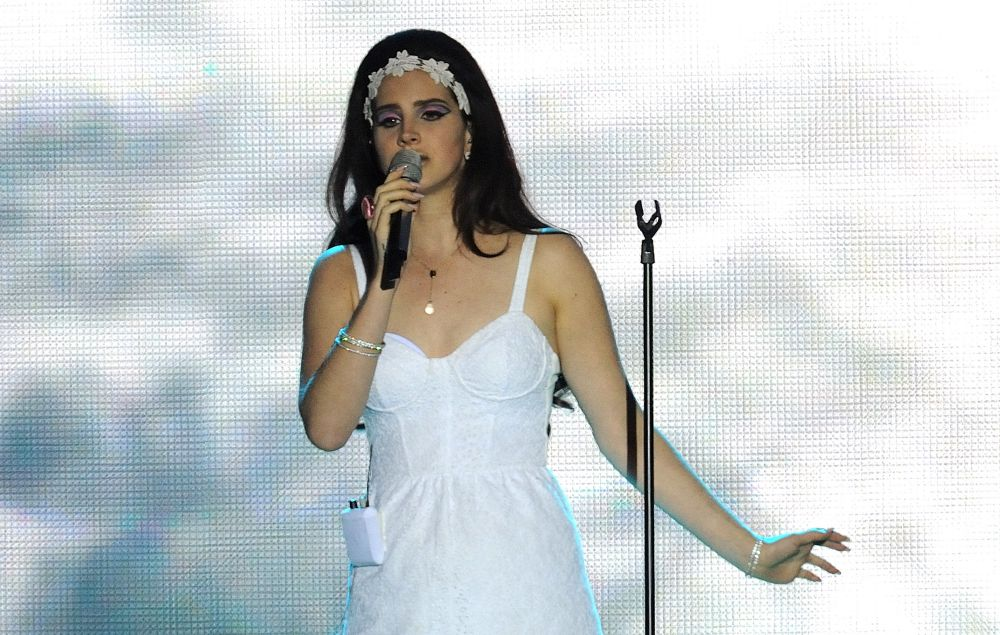 Watch Lana Del Rey Perform