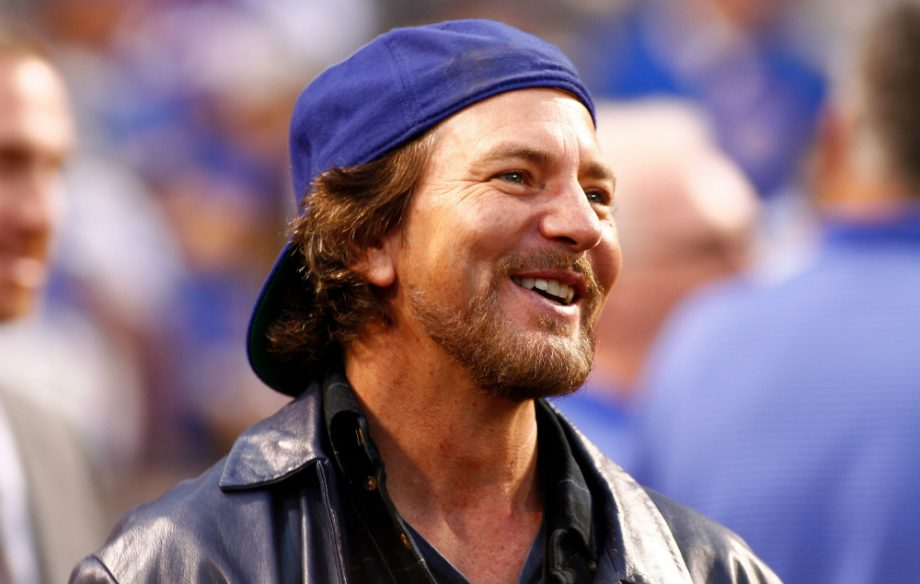 Watch Pearl Jam S Eddie Vedder Sing A Jingle For The