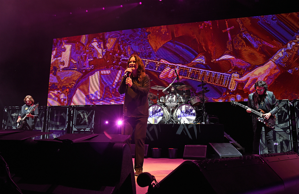 a black sabbath 39 the end 39 documentary is coming soon nme. Black Bedroom Furniture Sets. Home Design Ideas