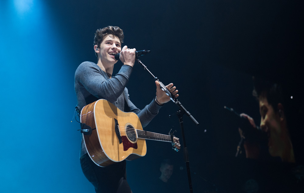 Shawn Mendes The Star Talks Turning Social Media