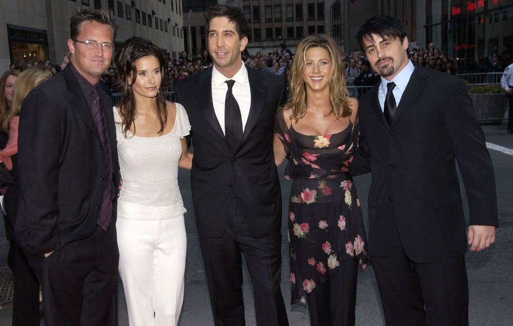 Fake David Schwimmer Facebook page goes viral after ...