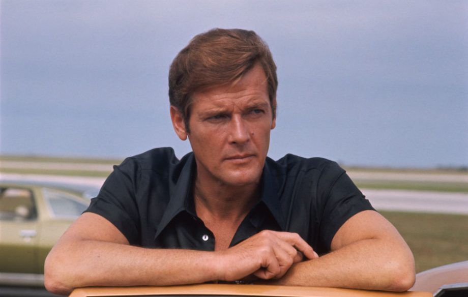 'James Bond' pays video tribute to the late Roger Moore