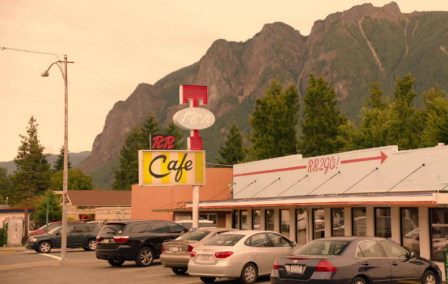 Watch The New Locationheavy Twin Peaks Trailer NME - Twin peaks car show