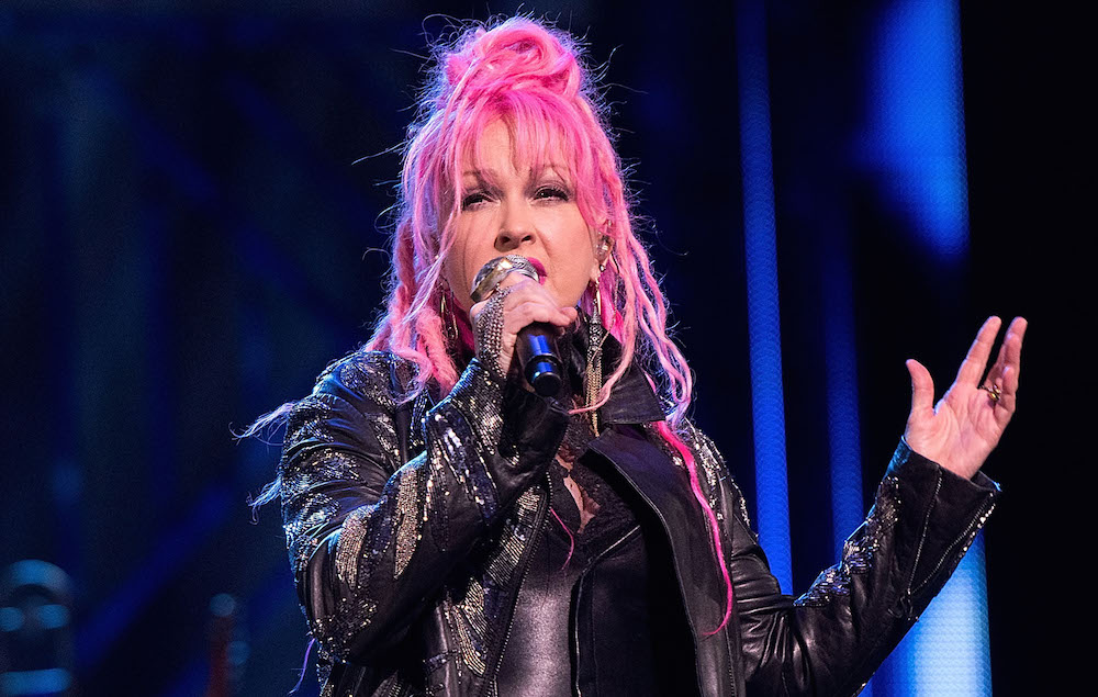 Cyndi lauper to write the score for broadway adaption of for Cyndi lauper broadway kinky boots