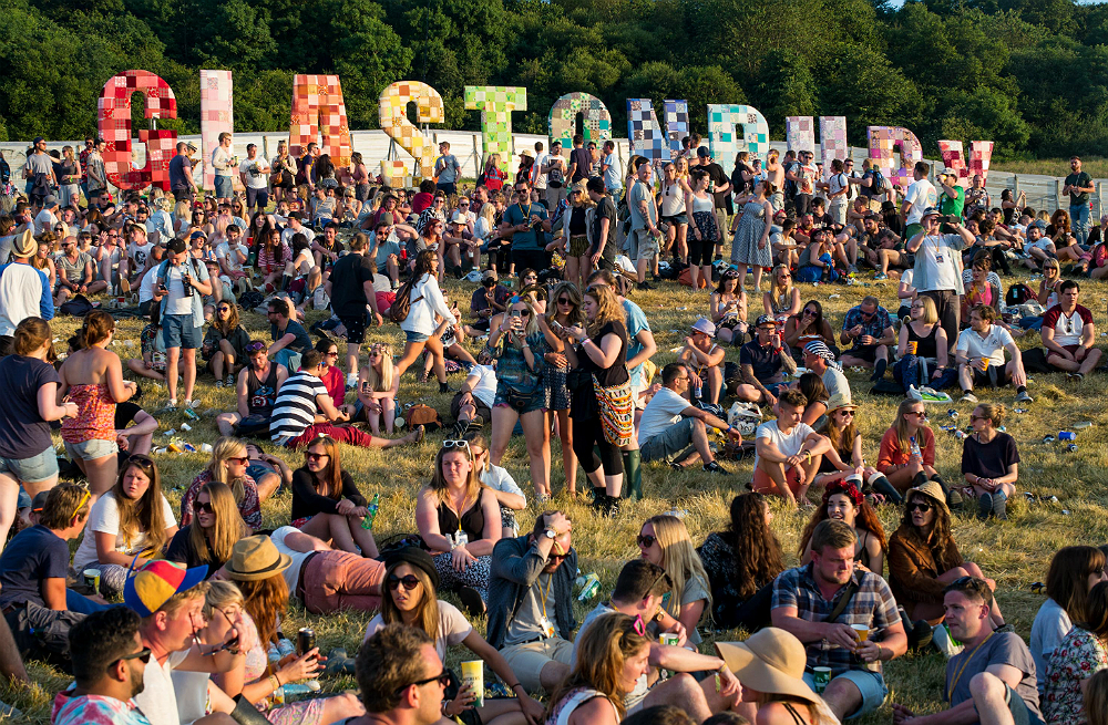 Glastonbury 2019 Twitter: Here's An Important Update For Those Who Want Tickets To